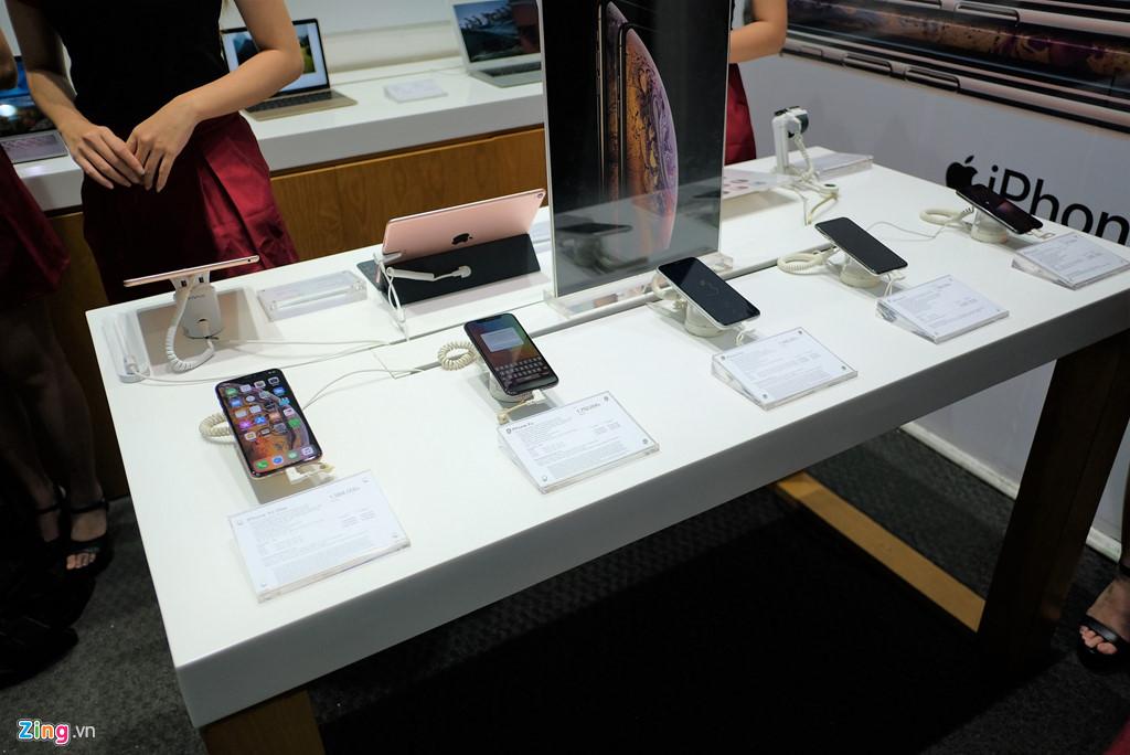 Mua iPhone xach tay tai Viet Nam chua bao gio rui ro den vay hinh anh 3
