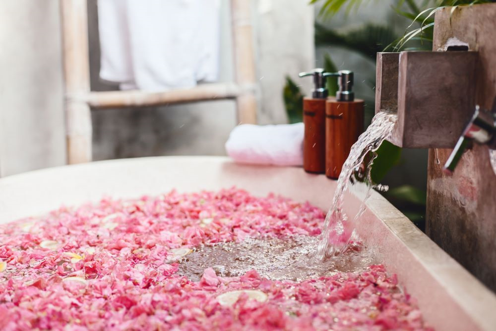 Thu gian trong bon tam day hoa o dao du lich Bali hinh anh 7