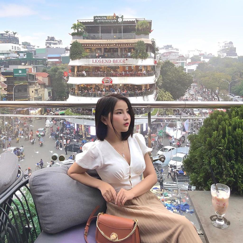 Chi hang trieu dong dat cho xem phao hoa o Ho Guom hinh anh 10 10.jpg