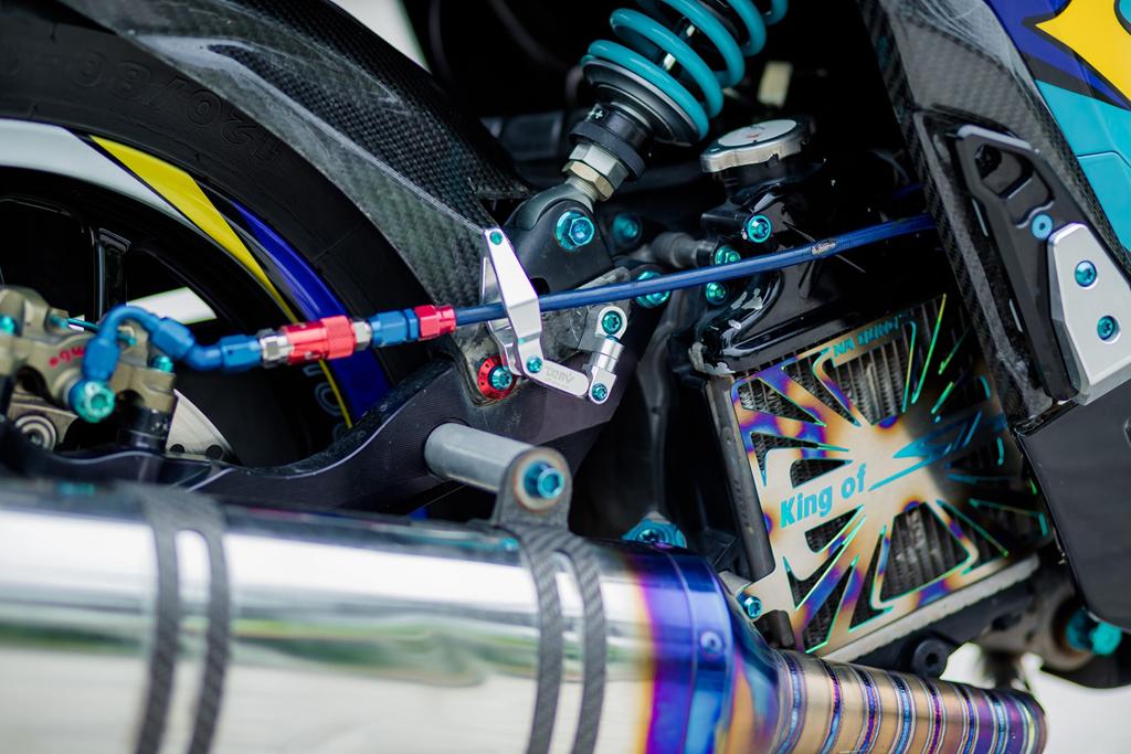 Honda SH 150i voi loat trang bi tri gia nua ty dong cua biker Ha Noi hinh anh 9