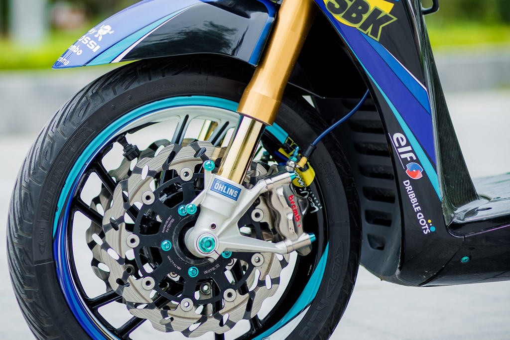 Honda SH 150i voi loat trang bi tri gia nua ty dong cua biker Ha Noi hinh anh 3
