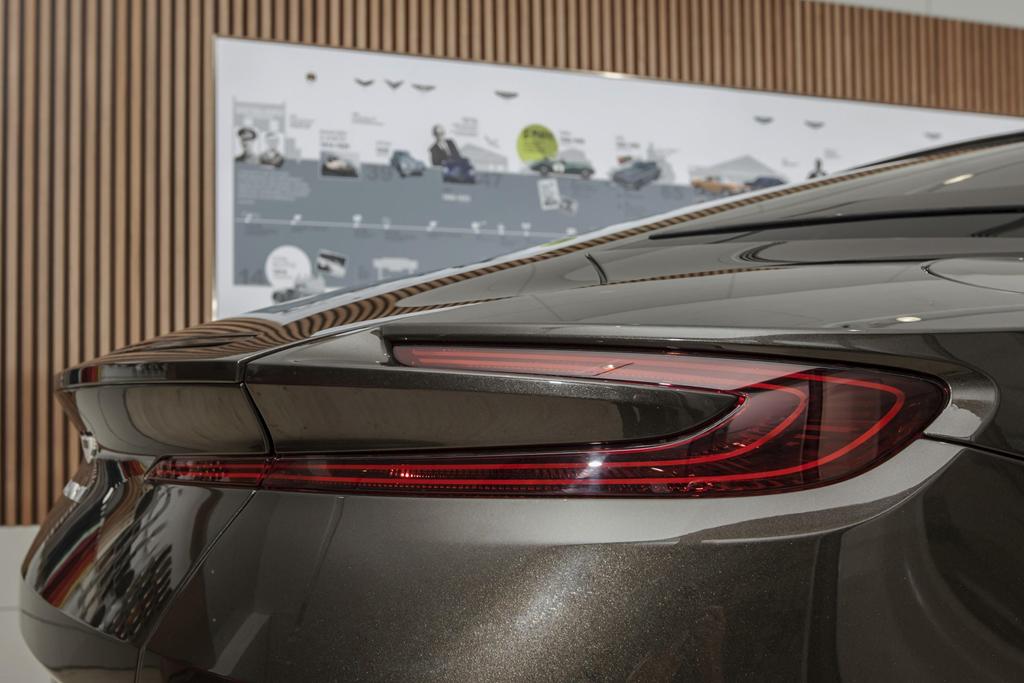 Sieu xe Aston Martin DB11 Kopi Bronze doc nhat VN gia 16 ty da co chu hinh anh 4