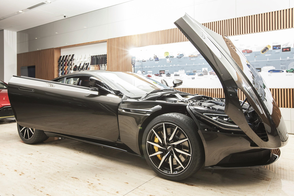Sieu xe Aston Martin DB11 Kopi Bronze doc nhat VN gia 16 ty da co chu hinh anh 10