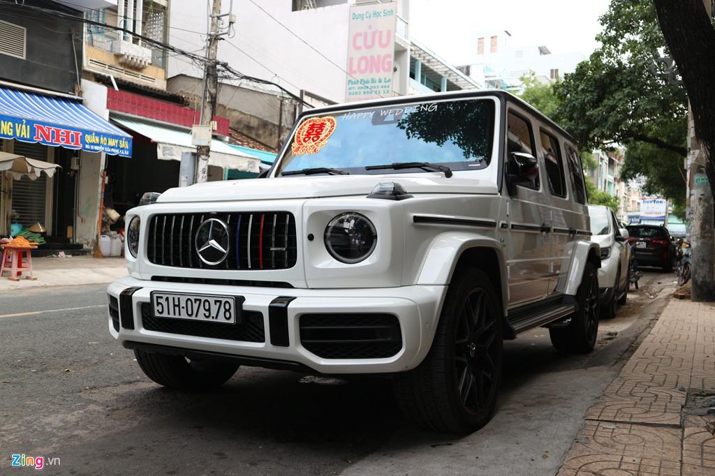 Dan xe dua dau con gai Minh Nhua vang bong sieu xe Pagani Huayra hinh anh 7