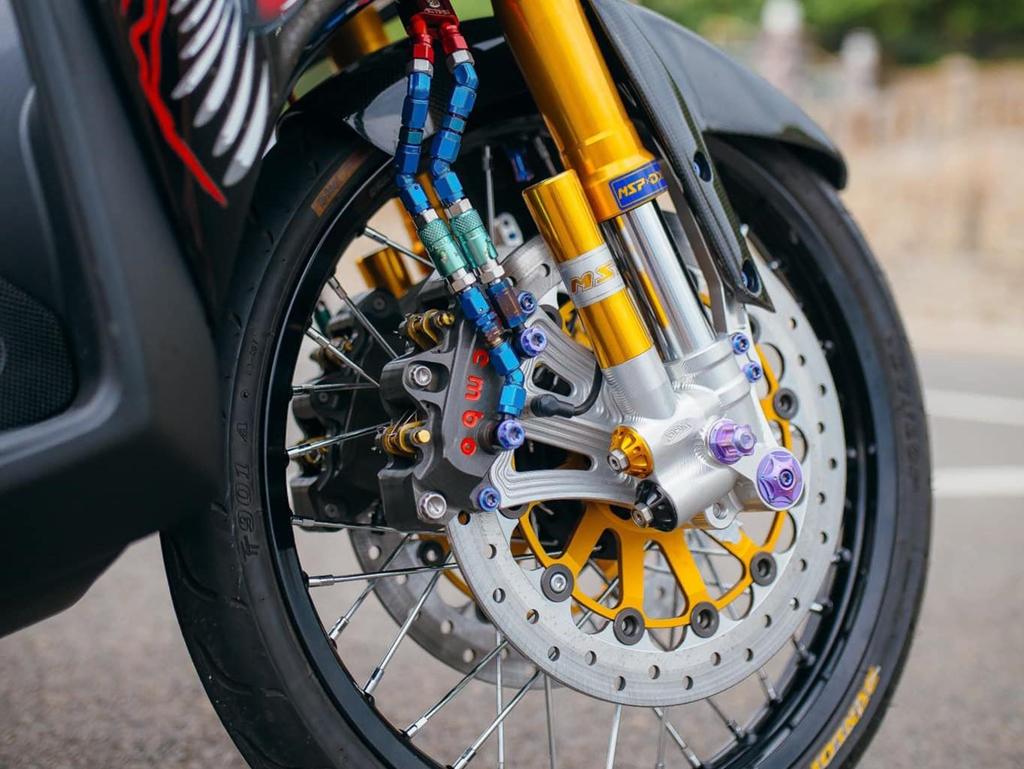 Biker Khanh Hoa chi 500 trieu do lai Yamaha Nouvo hinh anh 6
