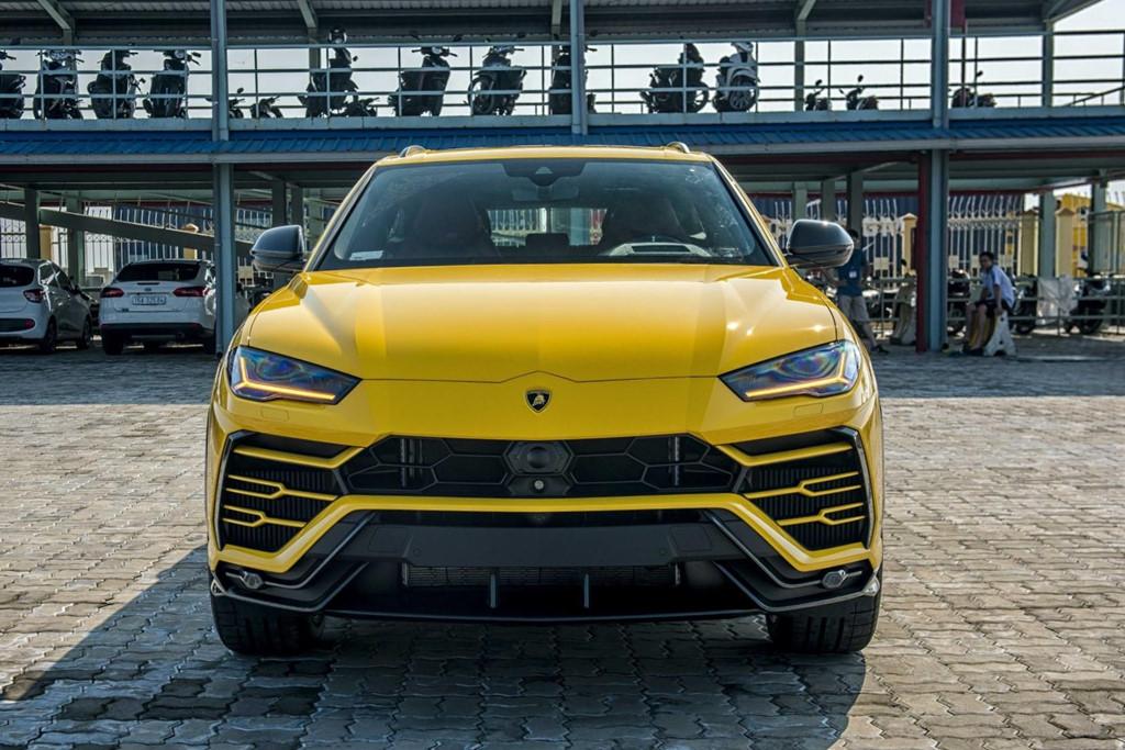 Sieu SUV Lamborghini Urus chinh hang thu 3 cap ben VN hinh anh 7