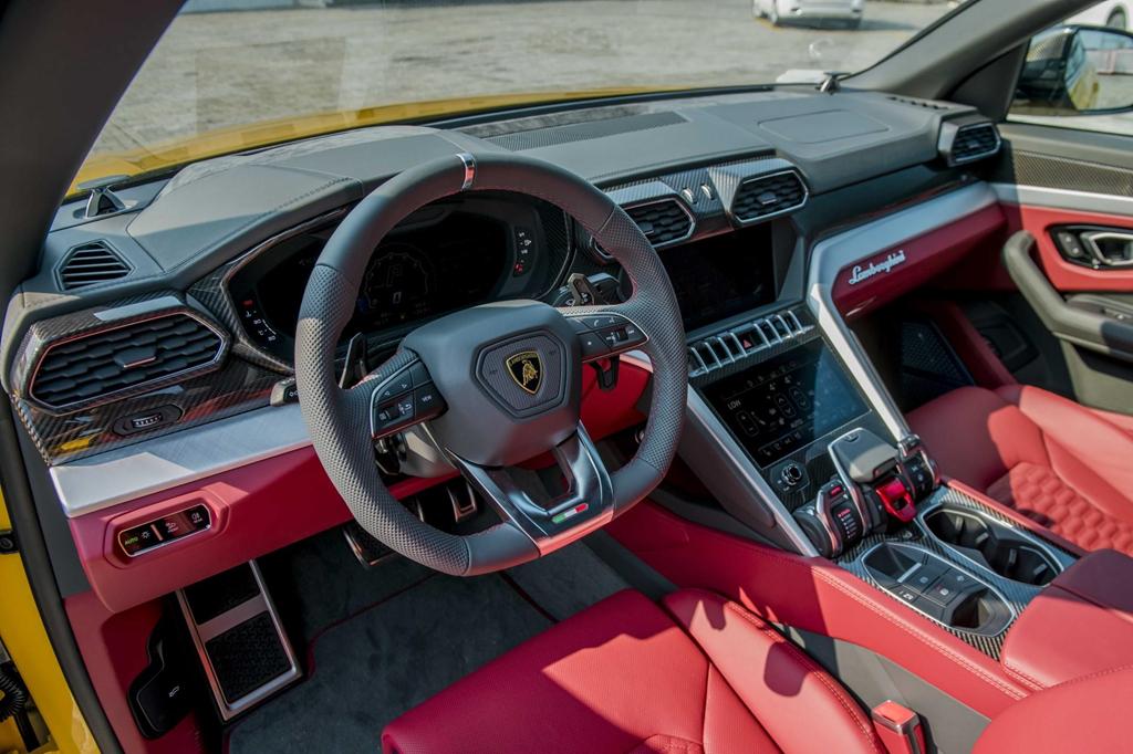 Sieu SUV Lamborghini Urus chinh hang thu 3 cap ben VN hinh anh 18