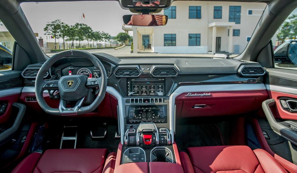 Sieu SUV Lamborghini Urus chinh hang thu 3 cap ben VN hinh anh 14