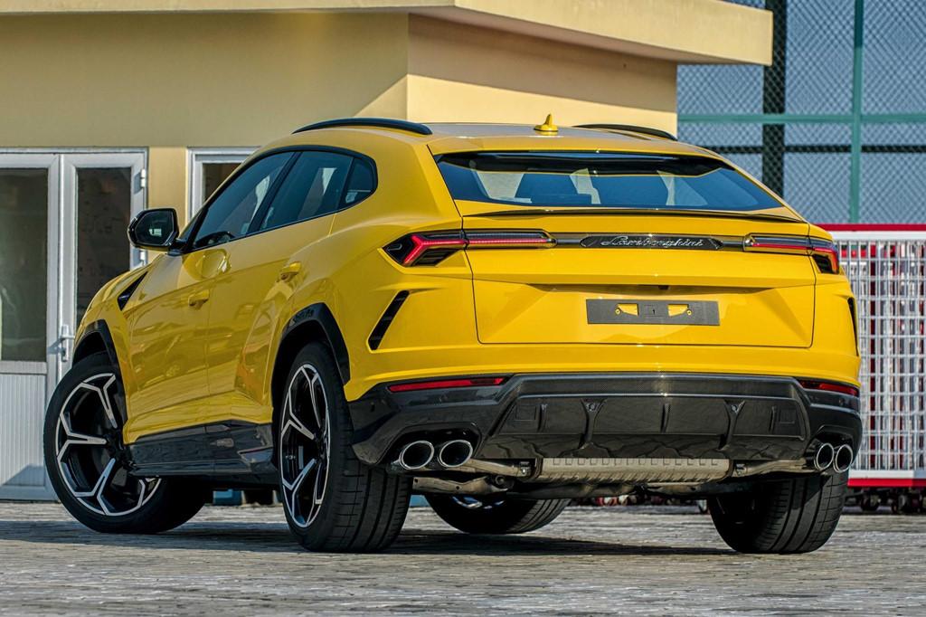 Sieu SUV Lamborghini Urus chinh hang thu 3 cap ben VN hinh anh 6