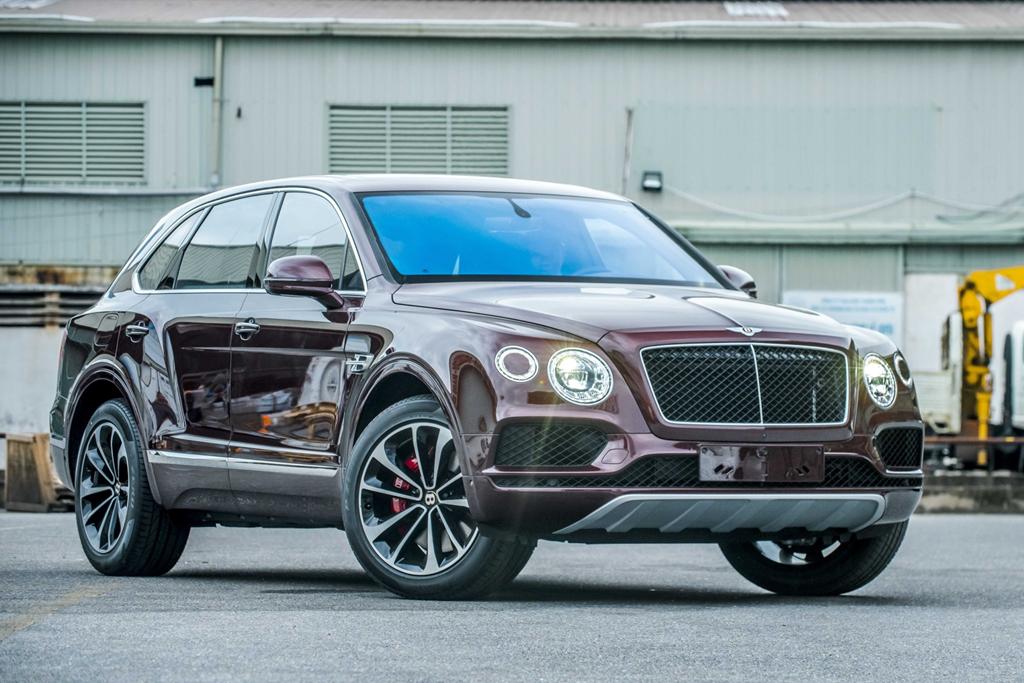 Bentley Bentayga V8 ban ky niem thu 2 ve VN, mau doc nhat the gioi hinh anh 1