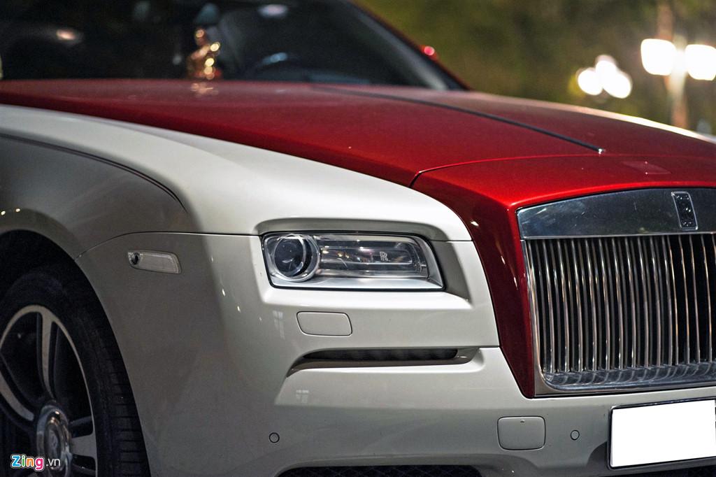 Coupe sieu sang Rolls-Royce Wraith phoi mau la dao pho Ha Noi hinh anh 8