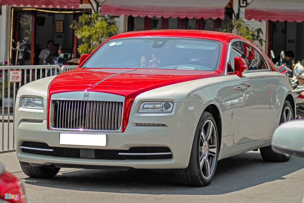 Coupe sieu sang Rolls-Royce Wraith phoi mau la dao pho Ha Noi hinh anh 1