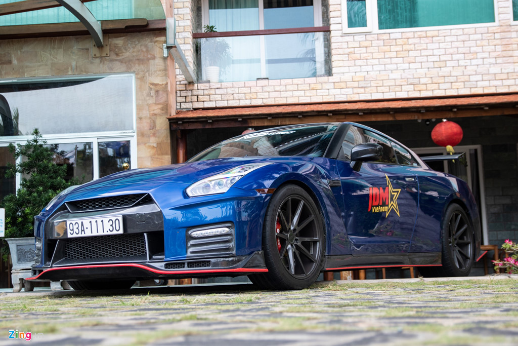 Nissan GT-R do bodykit Nismo doc nhat VN cua dai gia Binh Phuoc hinh anh 11