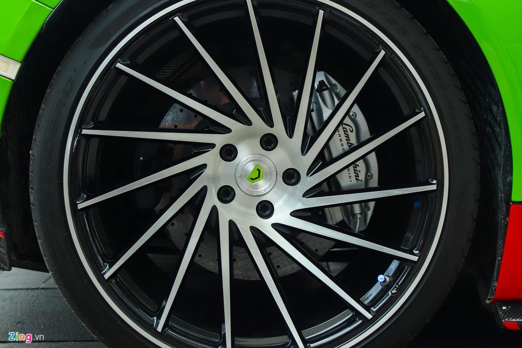Lamborghini Huracan khoac ao xe dua GT3 tai TP.HCM hinh anh 7