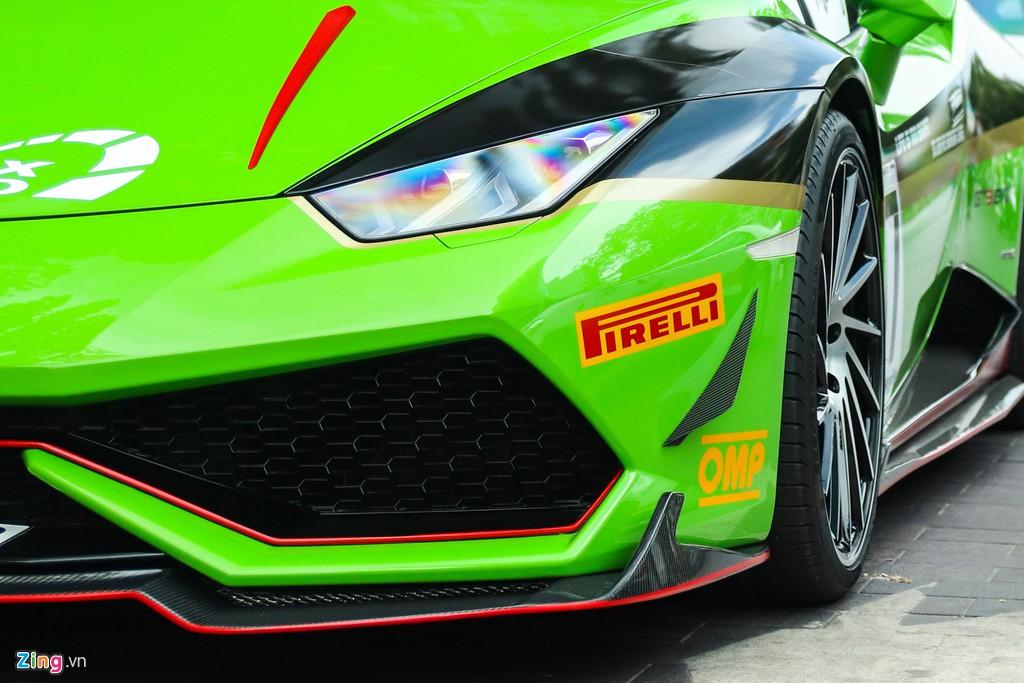 Lamborghini Huracan khoac ao xe dua GT3 tai TP.HCM hinh anh 11