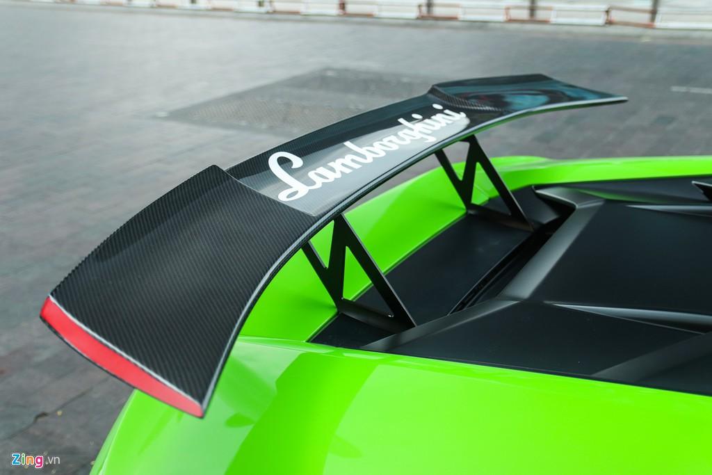 Lamborghini Huracan khoac ao xe dua GT3 tai TP.HCM hinh anh 5