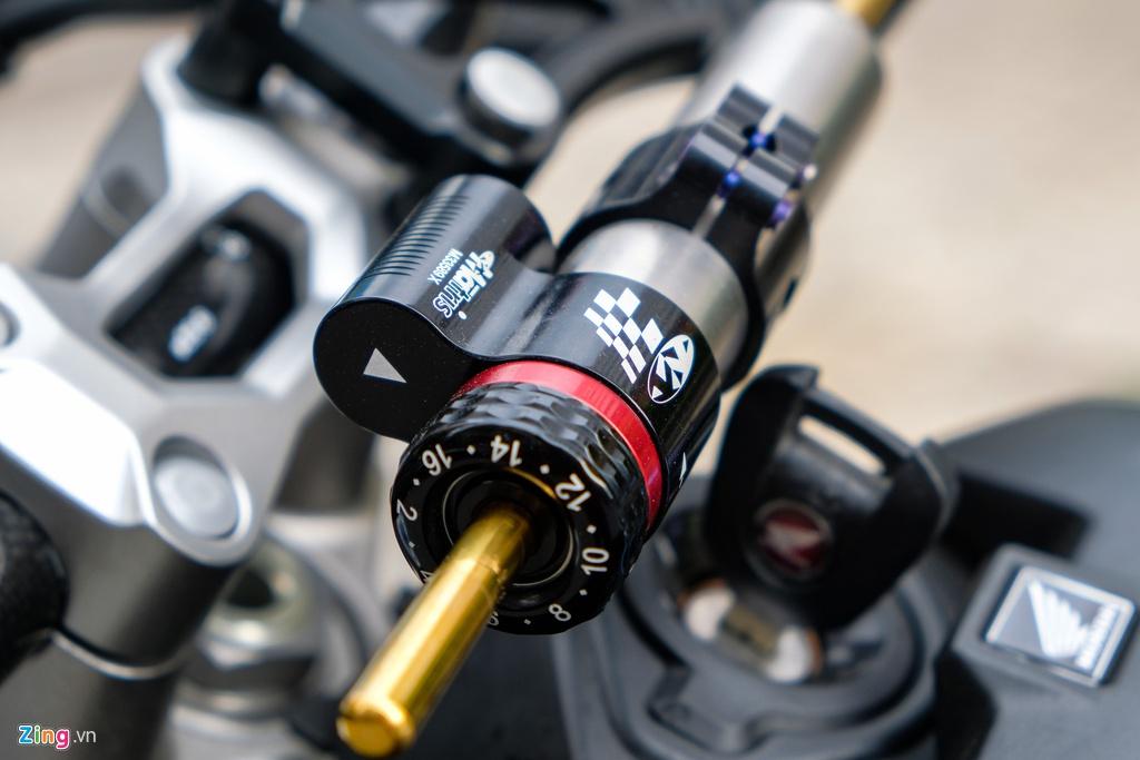 Honda CB1000R Plus voi goi do 200 trieu dong cua biker TP.HCM hinh anh 8 HondaCB1000_zing_19.jpg