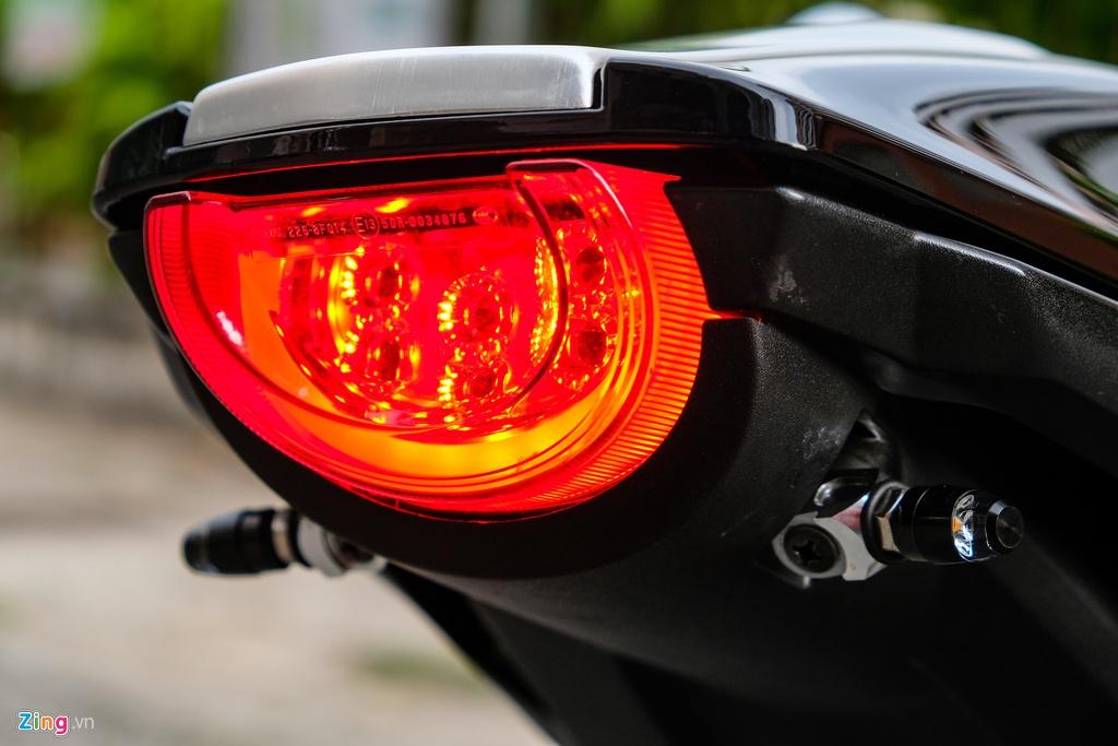 Honda CB1000R Plus voi goi do 200 trieu dong cua biker TP.HCM hinh anh 13 HondaCB1000_zing_22.jpg