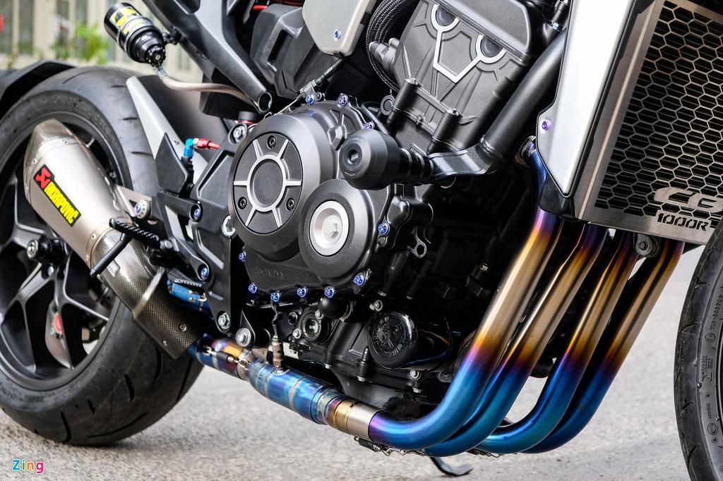 Honda CB1000R Plus voi goi do 200 trieu dong cua biker TP.HCM hinh anh 12 HondaCB1000_zing_23.jpg