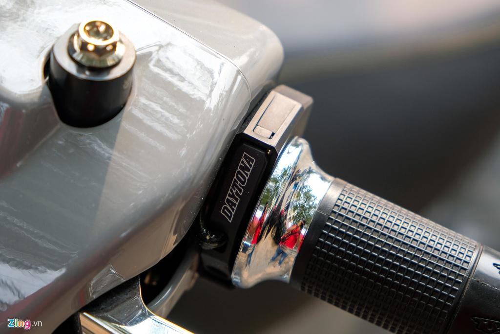 Vespa GTS 300 HPE voi goi do tang hieu nang tri gia 150 trieu o TP.HCM hinh anh 4 6_zing.jpg