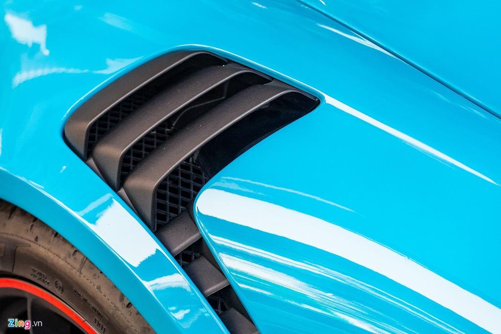 Porsche 911 GT3 RS mau doc gia 14 ty lan banh tai TP.HCM hinh anh 9 IMG_3890_zing.jpg