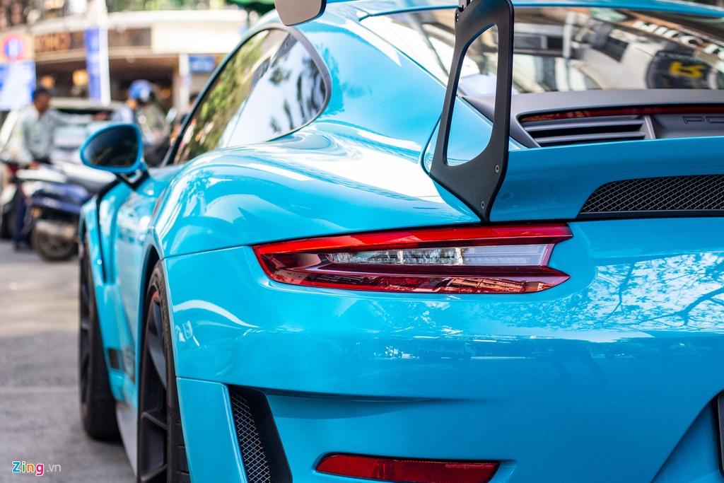Porsche 911 GT3 RS mau doc gia 14 ty lan banh tai TP.HCM hinh anh 8 IMG_3895_zing.jpg