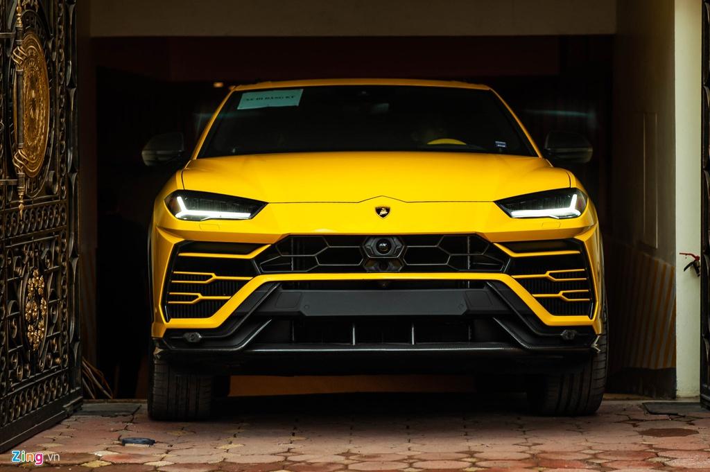 Chi tiet Lamborghini Urus thu 7 ve Viet Nam, nhieu tuy chon dang gia hinh anh 4 BAC_3355_zing.jpg