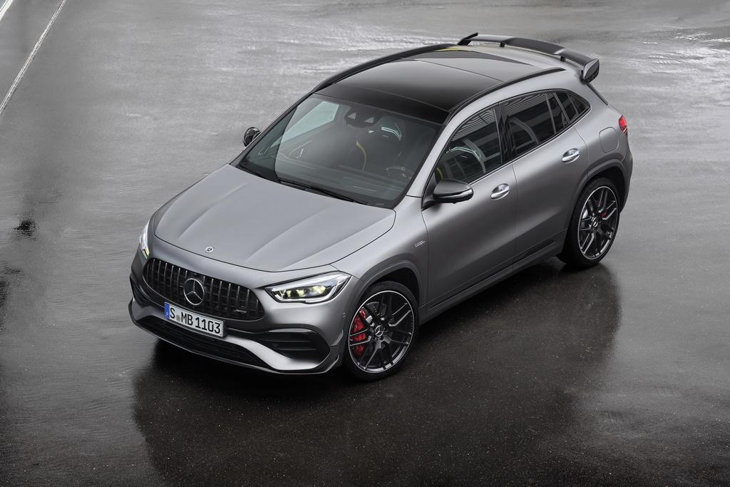Mercedes-AMG GLA 45 ra mat, quai thu trong than hinh nho be hinh anh 14 2021_mercedes_amg_gla_45_11.jpg