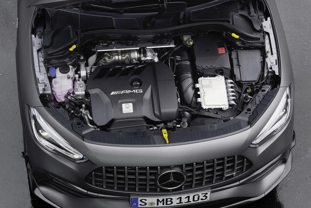 Mercedes-AMG GLA 45 ra mat, quai thu trong than hinh nho be hinh anh 3 2021_mercedes_amg_gla_45_19.jpg