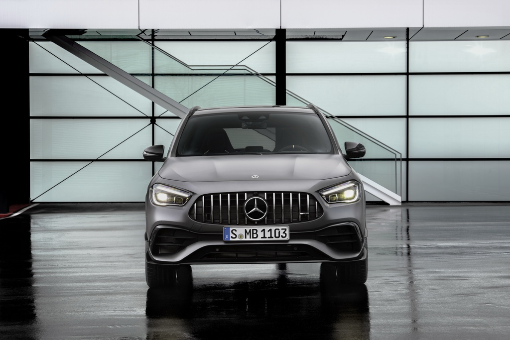 Mercedes-AMG GLA 45 ra mat, quai thu trong than hinh nho be hinh anh 5 2021_mercedes_amg_gla_45_9.jpg