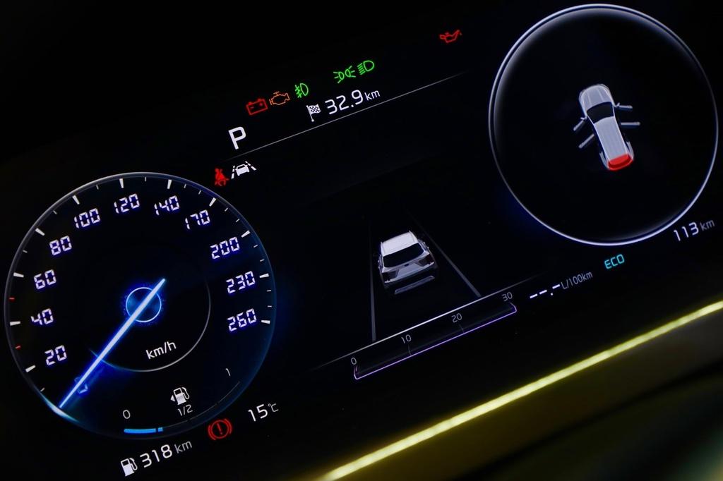 Hyundai Santa Fe doi dau Kia Sorento 2021 hinh anh 13 Kia_Sorento_2021_1600_56.jpg
