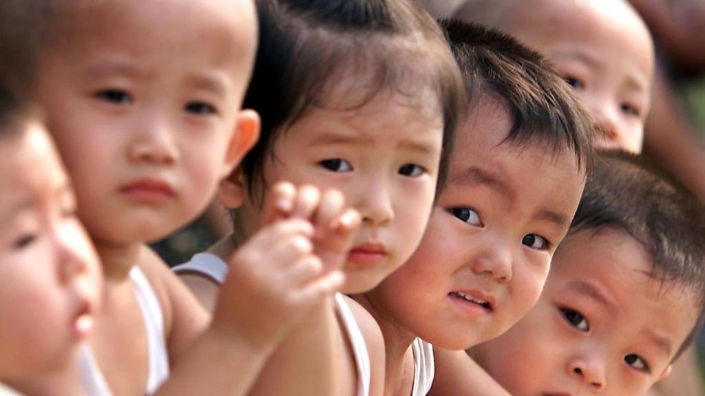 Gioi tre Nhat - Trung - Han: Khong yeu, khong cuoi, khong de con hinh anh 4