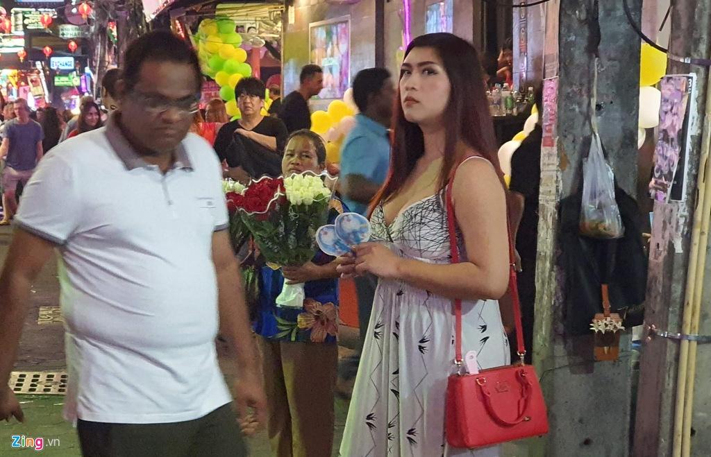 Tu diem an choi bac nhat Pattaya luc 0h hinh anh 17 sexshow_zing_19_.jpg
