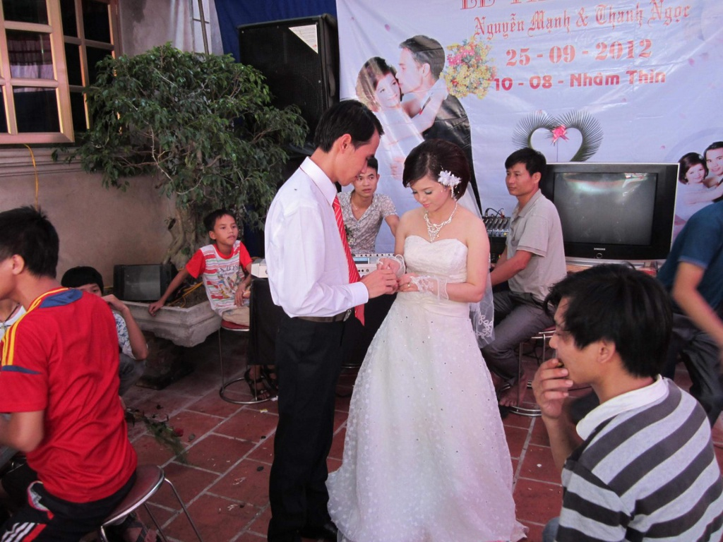Chang trai liet ca 2 chan cuoi duoc vo nho nhan tin lam quen qua MXH hinh anh 4 485c692a74db8e85d7ca.jpg