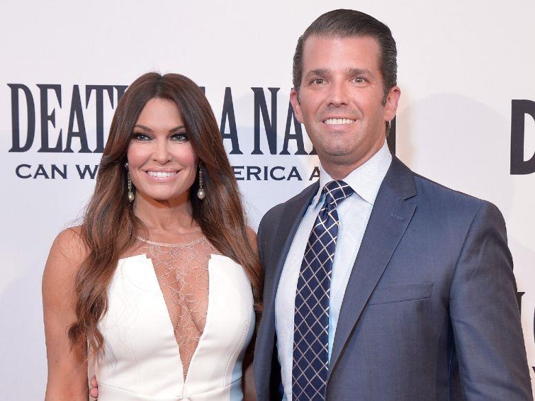 Donald Trump Jr. (phải) là con trai cả của Tổng thống Mỹ Donald Trump. Ông hẹn hò với người dẫn chương trìnhFox NewsKimberly Guilfoyle từ tháng 3/2018. Trước đó, ông và người vợ cũVanessa Trump có với nhau 5 người con sau 12 năm chung sống. Ảnh:Getty.