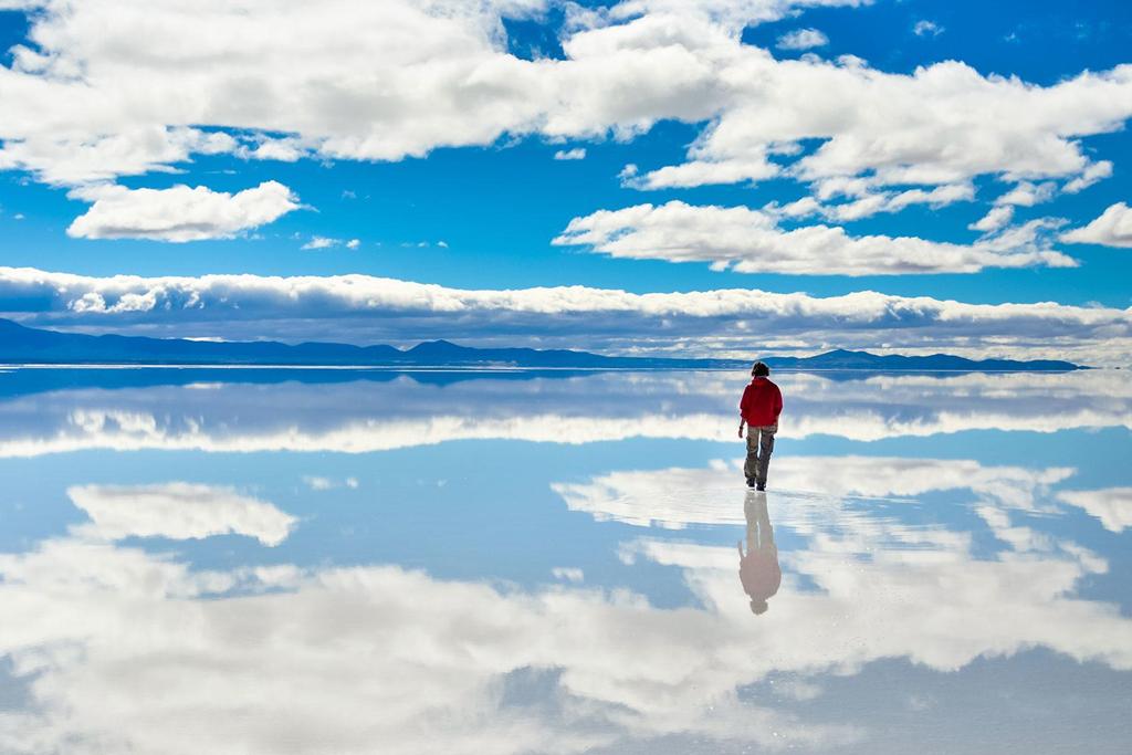 Cảnh siêu thực quanh cánh đồng muối lớn nhất thế giới Zing_a1