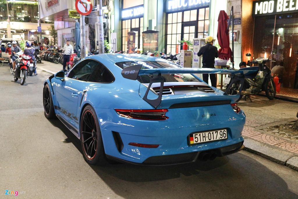 Sieu xe Porsche 911 GT3 RS mau xanh la doc nhat xuong pho Sai Gon hinh anh 10