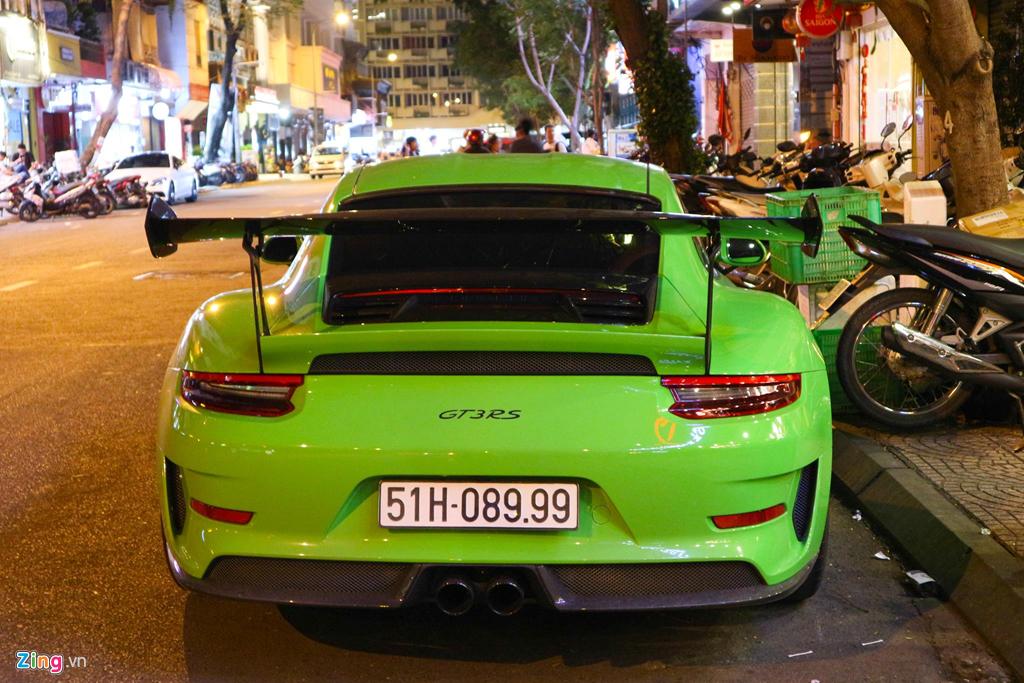 Sieu xe Porsche 911 GT3 RS mau xanh la doc nhat xuong pho Sai Gon hinh anh 4