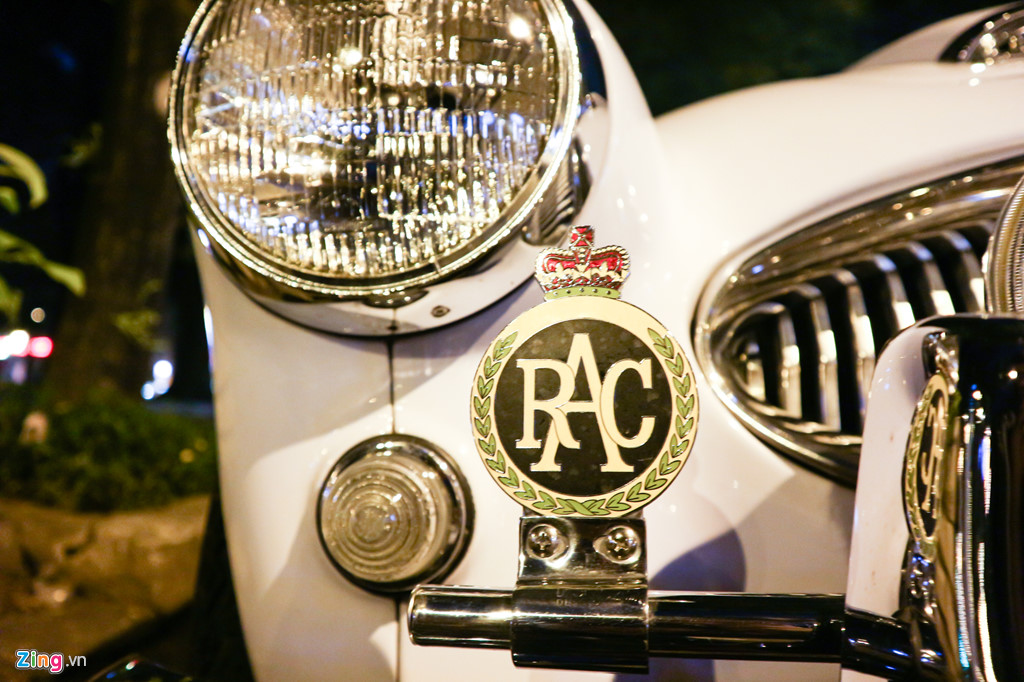 Chiem nguong xe co Austin-Healey 3000 MK III cua dai gia TP.HCM hinh anh 4