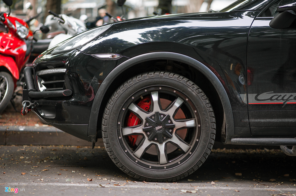 Porsche Cayenne do cua ong Dang Le Nguyen Vu hinh anh 4