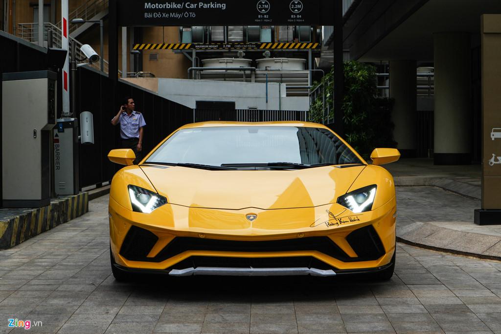 Lamborghini Aventador S nang cap ngoai hinh sau su co tai Car Passion hinh anh 2