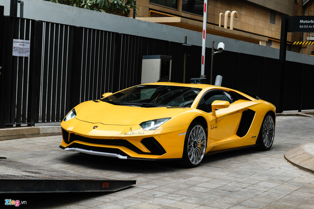 Lamborghini Aventador S nang cap ngoai hinh sau su co tai Car Passion hinh anh 10