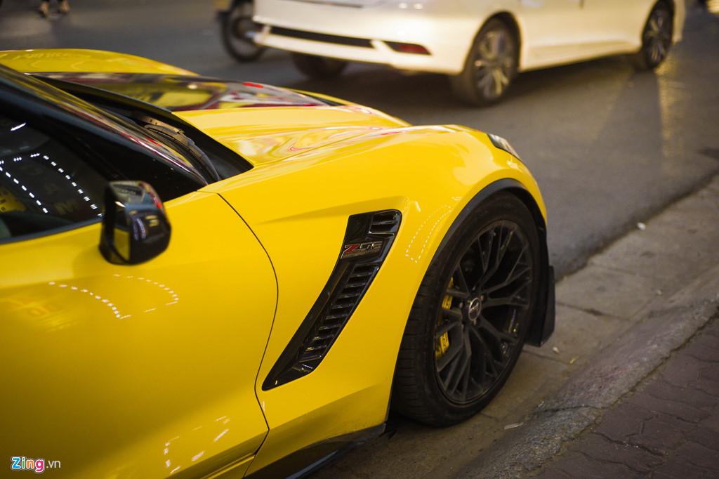 Ngam Chevrolet Corvette C7 Z06 doc nhat Ha Noi xuat hien tren pho hinh anh 8