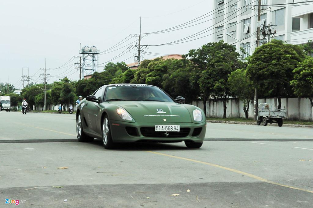 Ngam Ferrari 599 GTB duy nhat Viet Nam cua ong Dang Le Nguyen Vu hinh anh 6