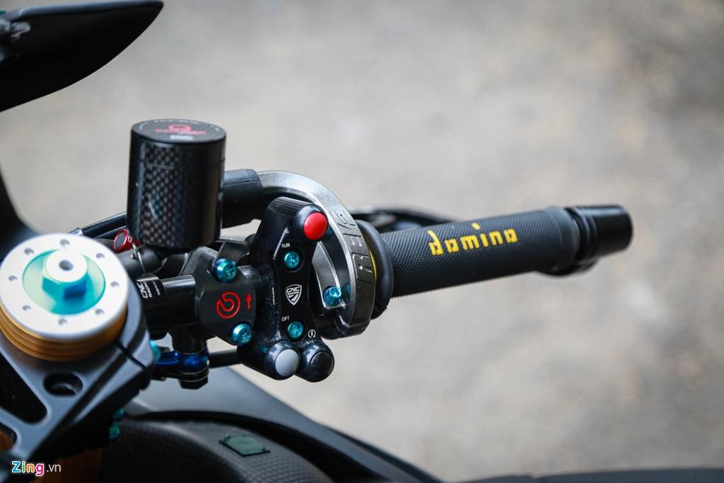 Aprilia RSV4 do theo phong cach MotoGP ton 400 trieu hinh anh 6 RSV4_GP_zing_(13).jpg