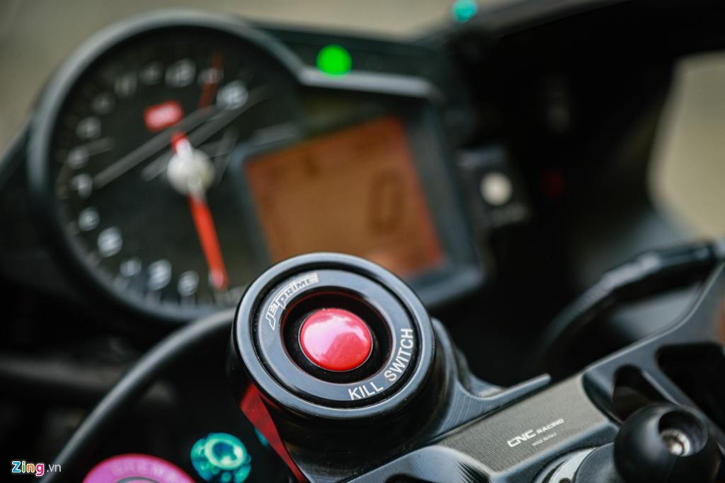 Aprilia RSV4 do theo phong cach MotoGP ton 400 trieu hinh anh 7 RSV4_GP_zing_(15).jpg