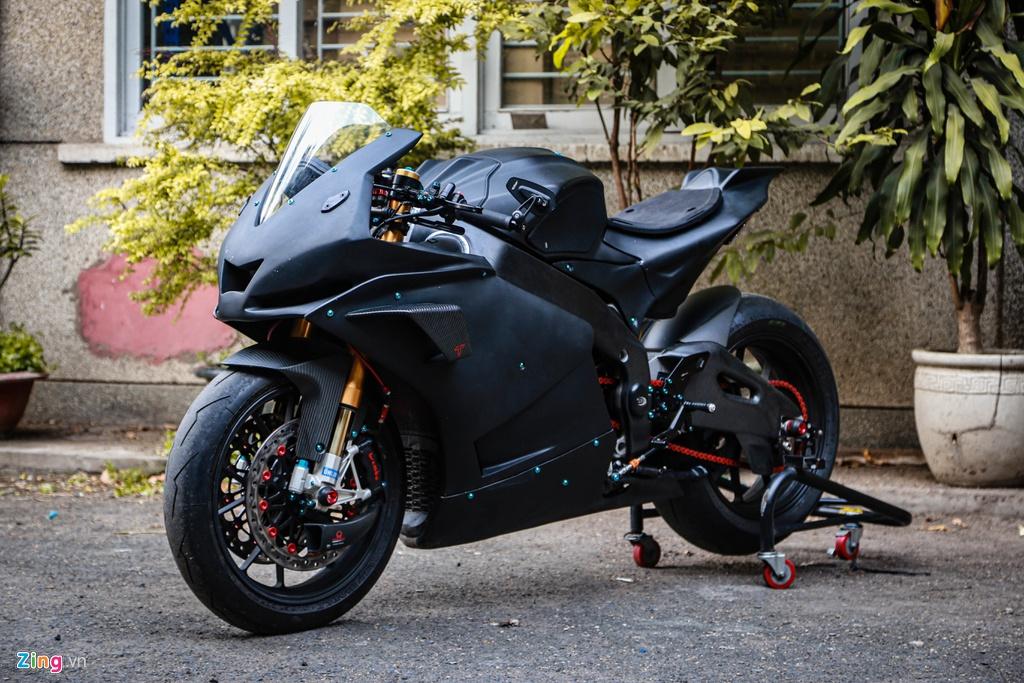 Aprilia RSV4 do theo phong cach MotoGP ton 400 trieu hinh anh 2 RSV4_GP_zing_(22).jpg