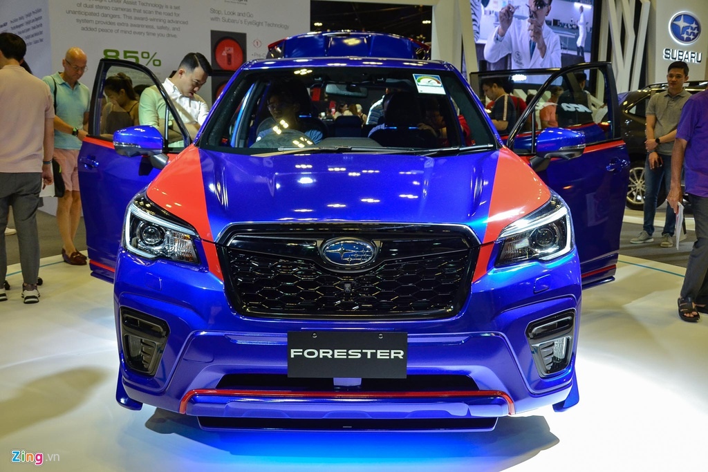 Subaru xin loi vi ra mat xe co ten F.U.C.K.S tai Singapore hinh anh 2 FUCKS_zing_30_.jpg