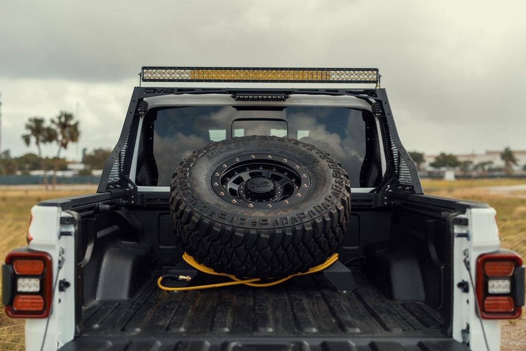 Ban tai do Jeep Gladiator Hellcat manh hon 700 ma luc hinh anh 8 2020_Jeep_Gladiator_Hellcat_built_by_TR3_Performance_35.jpg