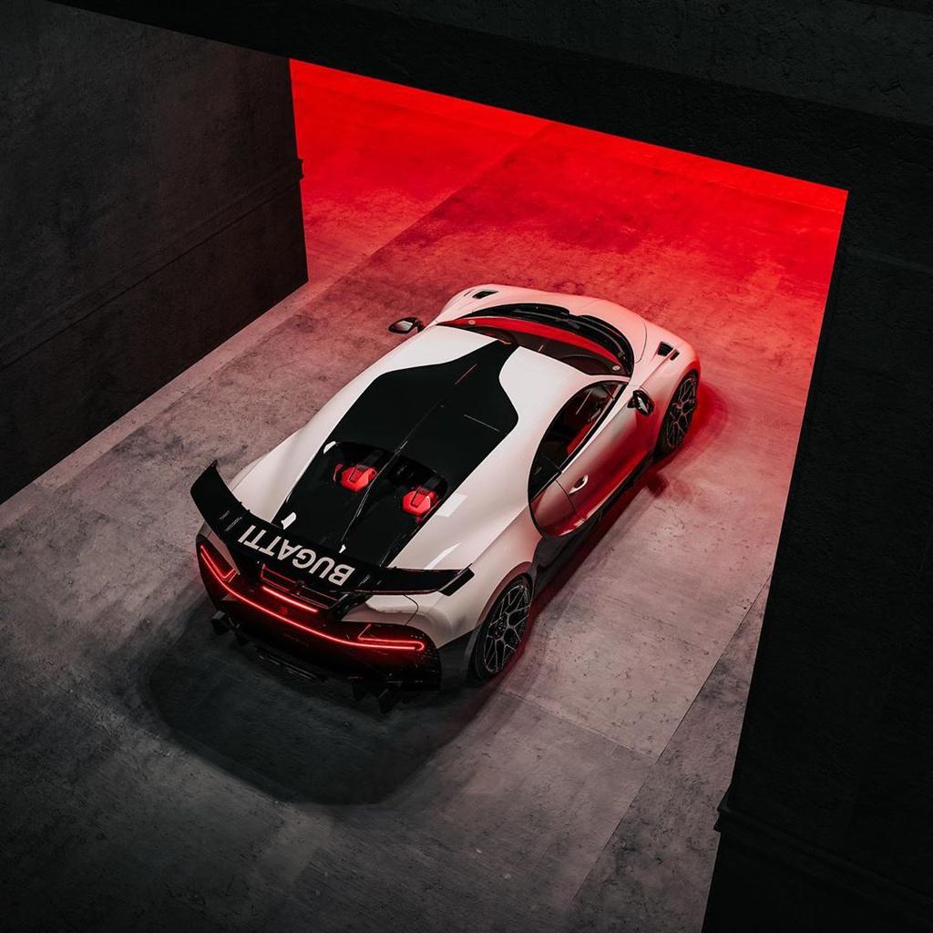 Bugatti Pur Sport: Bugatti Chiron Pur Sport độ Ngoại Hình Phong Cách Star War